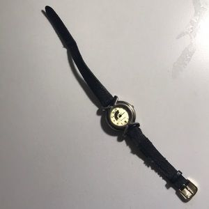 Jewelry - vintage watch